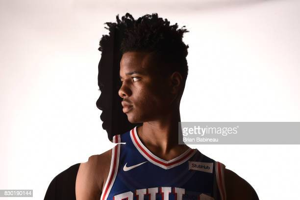 Markelle Fultz of the Philadelphia 76ers poses for a photo during the 2017 NBA Rookie Photo Shoot at MSG training center on August 11 2017 in...