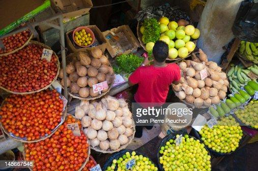 Market stall at port louis market mauritius foto stock getty images - Mauritius market port louis ...
