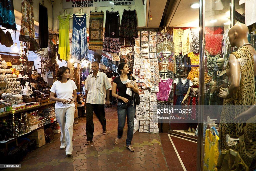 Shopping at Colaba Causeway, Mumbai