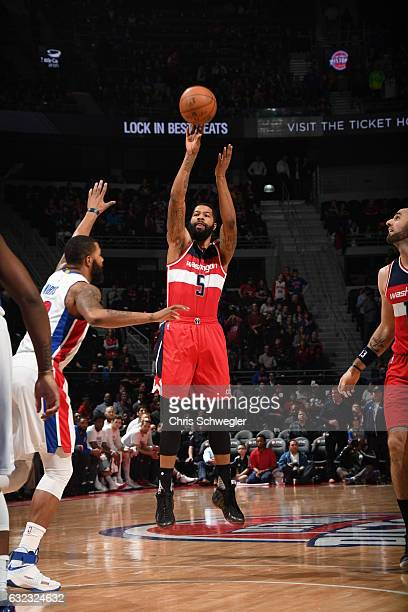 Markieff Morris of the Washington Wizards shoots the ball against the Detroit Pistons on January 21 2017 at The Palace of Auburn Hills in Auburn...
