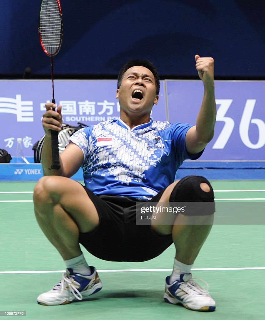 Markis Kido of Indonesia celebrates with