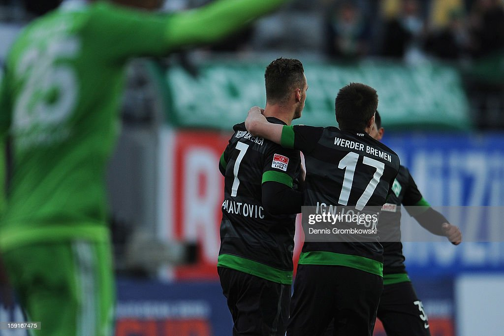 <a gi-track='captionPersonalityLinkClicked' href=/galleries/search?phrase=Marko+Arnautovic&family=editorial&specificpeople=5567995 ng-click='$event.stopPropagation()'>Marko Arnautovic</a> of Bremen celebrates with teammates during the friendly match between Werder Bremen and VfL Wolfsburg at Mardan Palace Stadium on January 9, 2013 in Kundu, Turkey.
