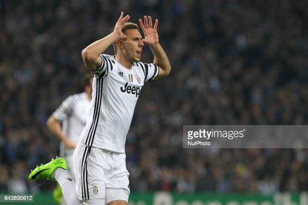 Marko Pjaca forward of Juventus FC celebrates after scoring goal during the UEFA Champions League Round of 16 1st leg soccer match between FC Porto...