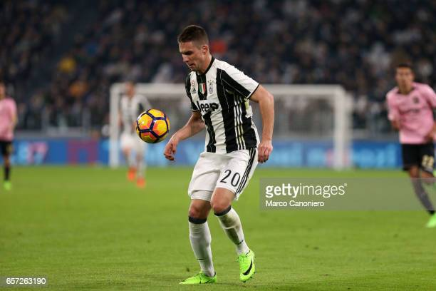 Marko Pjaca of Juventus Fc in action during the Serie A match between Juventus FC and US Palermo at Juventus Stadium Juventus FC wins 41 over US...