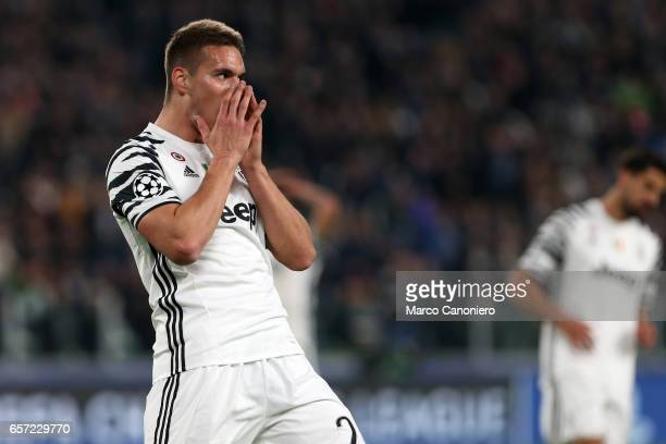 Marko Pjaca of Juventus FC reacts to a missed chance during the UEFA Champions League Round of 16 second leg match between Juventus Turin and FC...