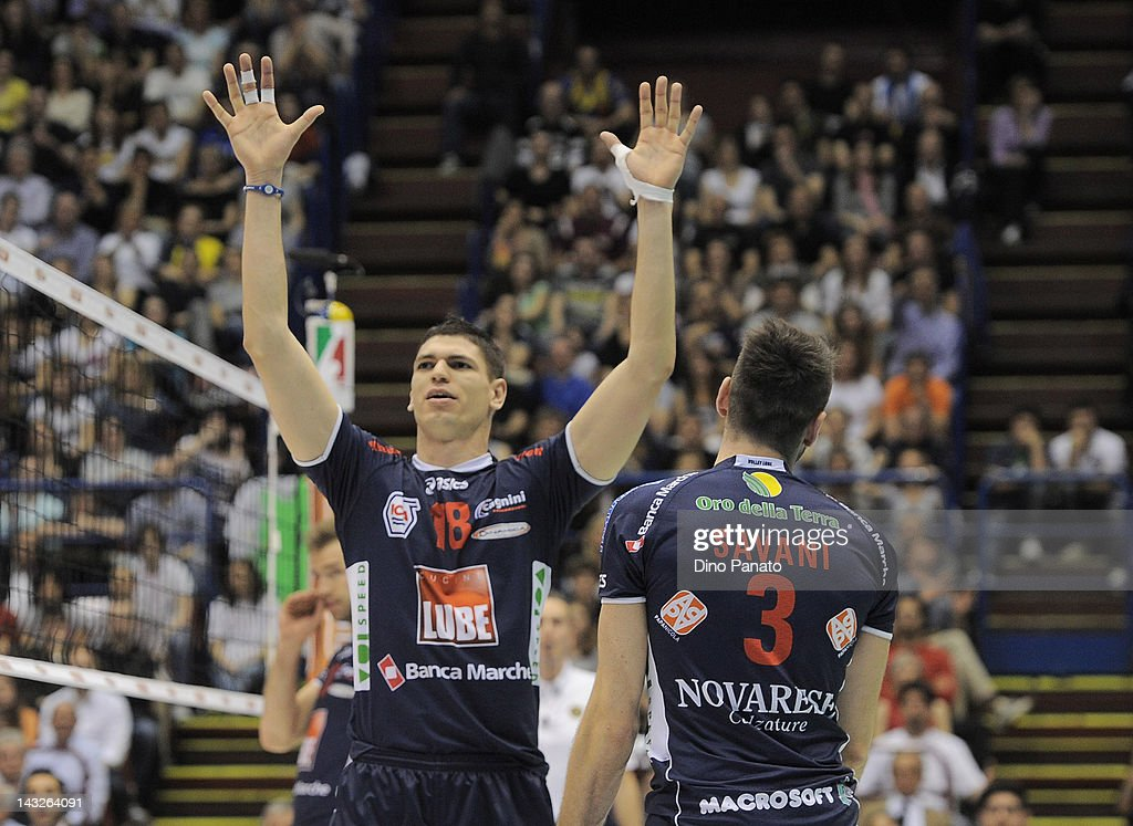 Marko Podrascanin of Lube Banca Marche Macerata celebrates after scoring a point with team mates Cristian Savani during the A1 playoff final match...