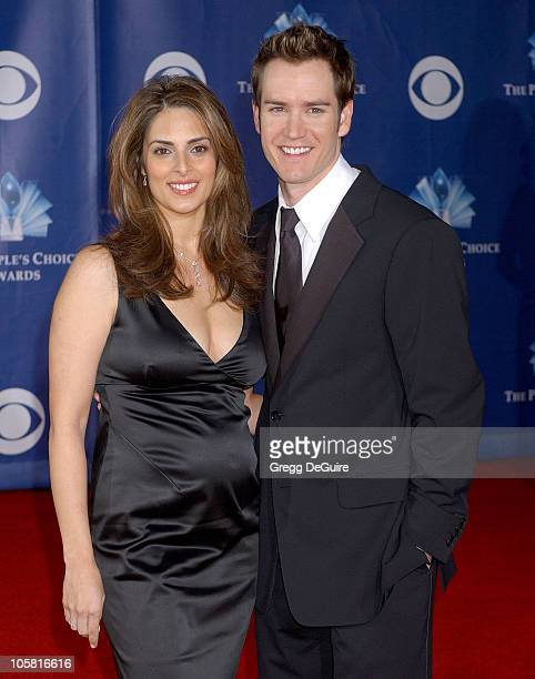 MarkPaul Gosselaar and wife Lisa during The 32nd Annual People's Choice Awards Arrivals at Shrine Auditorium in Los Angeles California United States