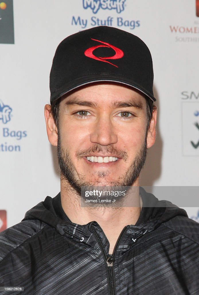 <a gi-track='captionPersonalityLinkClicked' href=/galleries/search?phrase=Mark-Paul+Gosselaar&family=editorial&specificpeople=240121 ng-click='$event.stopPropagation()'>Mark-Paul Gosselaar</a> attends the 'Celebrity Stuff-a-thon' benefiting the My Stuff Bags Foundation held at the CBS Studios- Radford on December 8, 2012 in Studio City, California.