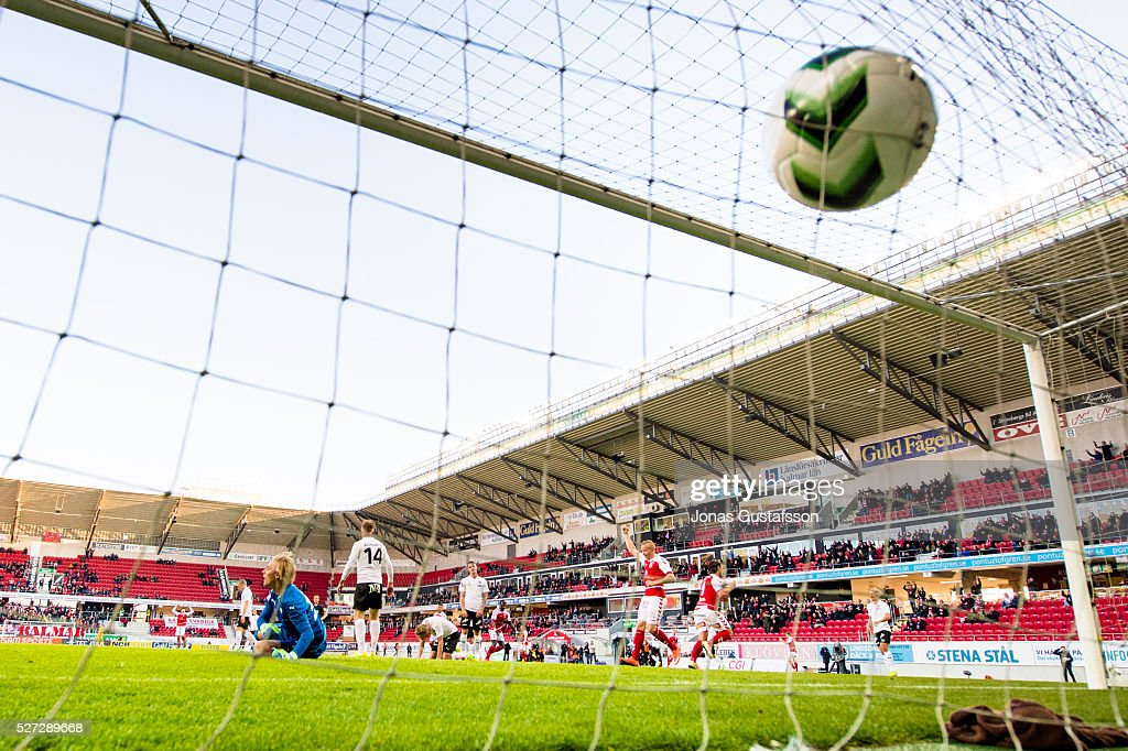 Markus Antonsson of Kalmar FF scores 1-1 and celebrate during the Allsvenskan match between Kalmar FF and Orebro SK at Guldfageln Arena on May 2, 2016 in Kalmar, Sweden.