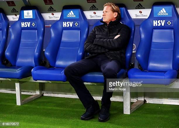 Markus Gisdol headcoach of Hamburg looks on before the Bundesliga match between Hamburger SV and Eintracht Frankfurt at Volksparkstadion on October...