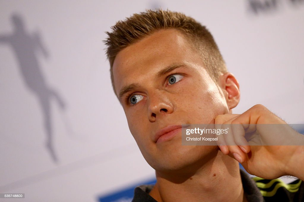 <a gi-track='captionPersonalityLinkClicked' href=/galleries/search?phrase=Markus+Rehm&family=editorial&specificpeople=6542677 ng-click='$event.stopPropagation()'>Markus Rehm</a>, handicapped longjumper and Paralympics winner of London 2012 attends a press conference at German Sport & Olympic Museum on May 30, 2016 in Cologne, Germany.