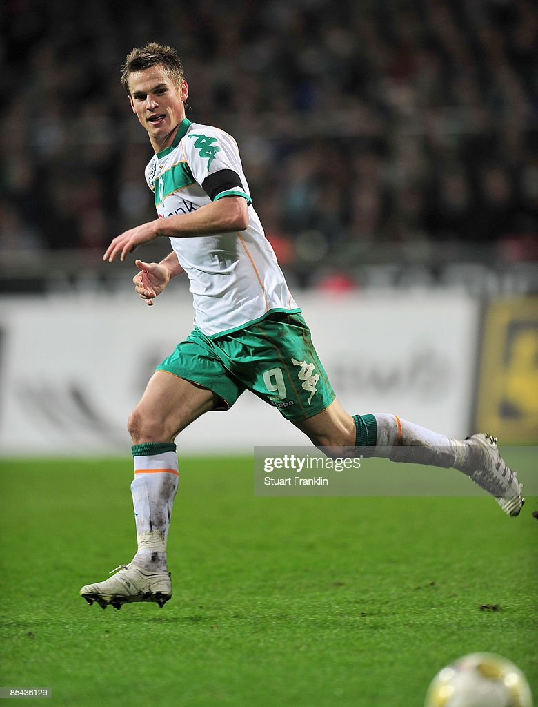 Markus Rosenberg of Bremen in action during the Bundesliga match between Werder Bremen and VfB Stuttgart at the Weser Stadium on March 15, 2009 in Bremen, Germany.