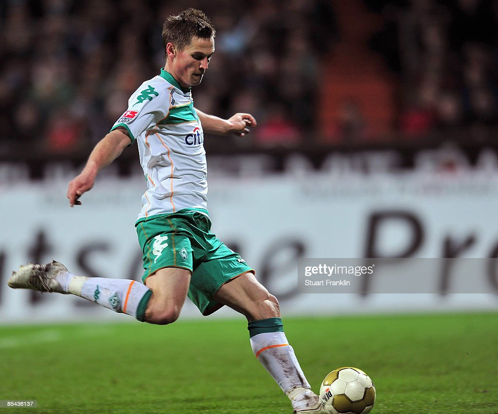 Markus Rosenberg of Bremen scores his second goal during the Bundesliga match between Werder Bremen and VfB Stuttgart at the Weser Stadium on March 15, 2009 in Bremen, Germany.
