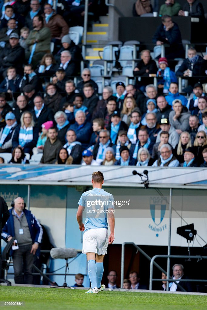 Markus Rosenberg of Malmo FF is leaving the pitch during the Allsvenskan match between Malmo FF and BK Hacken at Swedbank Stadion on May 1, 2016 in Malmo, Sweden.