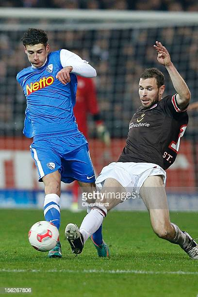 Markus Thorandt of Pauli and Leon Delura of Bochum battle for the ball during the 2 Bundesliga match between FC St Pauli and VfL Bochum at Millerntor...