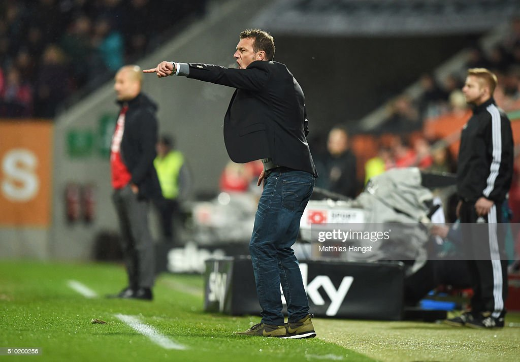 Markus Weinzierl head coach of Augsburg gives instructions during the Bundesliga match between FC Augsburg and FC Bayern Muenchen at SGL Arena on February 14, 2016 in Augsburg, Germany.