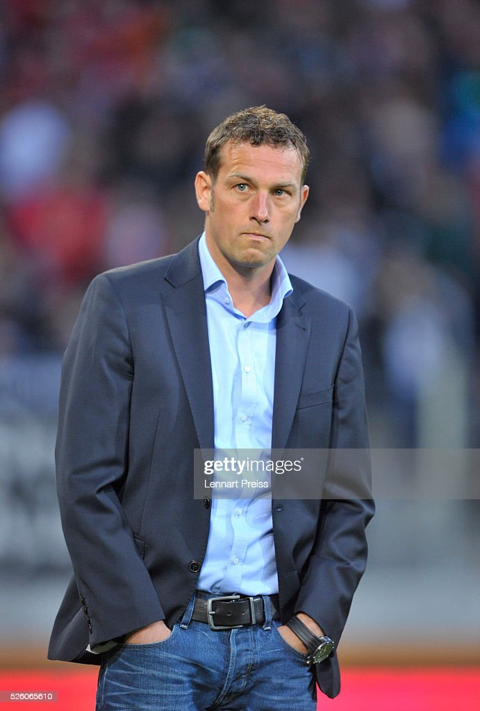 <a gi-track='captionPersonalityLinkClicked' href=/galleries/search?phrase=Markus+Weinzierl&family=editorial&specificpeople=5848121 ng-click='$event.stopPropagation()'>Markus Weinzierl</a>, head coach of FC Augsburg looks on before the Bundesliga match between FC Augsburg and 1. FC Koeln at WWK Arena on April 29, 2016 in Augsburg, Germany.
