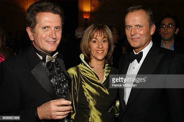 Markus Wilhelm and John Grisham attend BARBARA GOLDSMITH Receives Authors Guild Distinguished Service Award at The Metropolitan Club on May 21 2007...