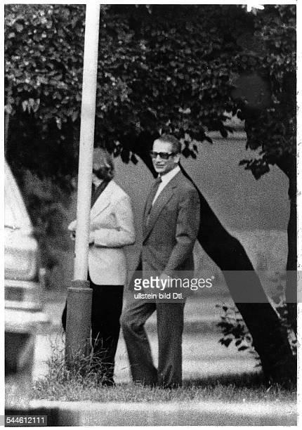 Markus Wolf *SEDFunktionär Politiker DOffizier des Innenminsieriums der DDRehemaliger Leiter der Haupabteilung Auslandsaufklärung im MfS der DDR 1953...