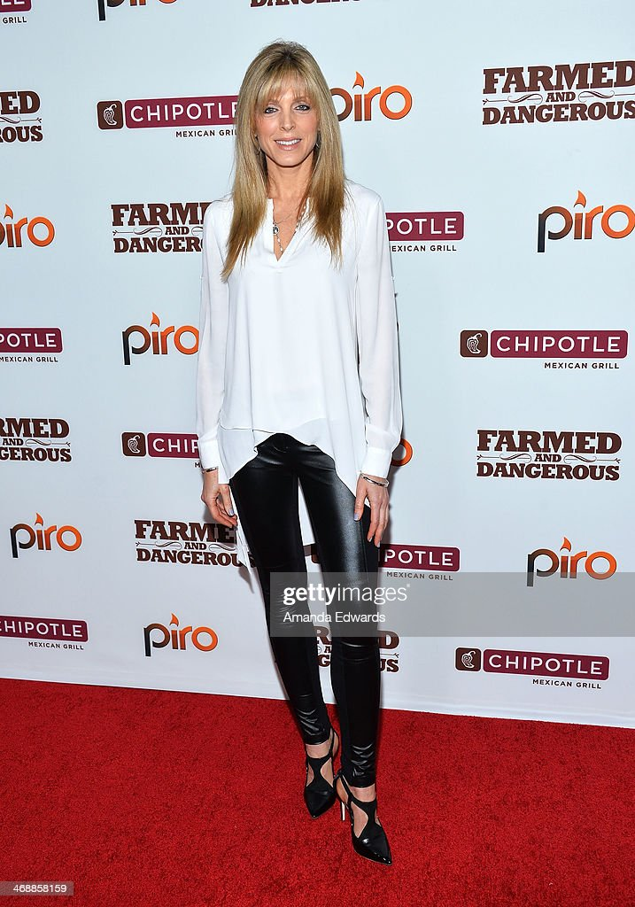 Marla Maples arrives at the Chipotle World Premiere of web series 'Farmed And Dangerous' at the DGA Theater on February 11, 2014 in Los Angeles, California.