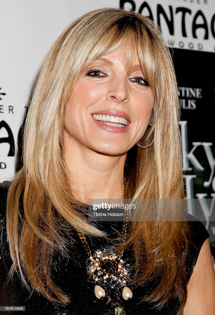<a gi-track='captionPersonalityLinkClicked' href=/galleries/search?phrase=Marla+Maples&family=editorial&specificpeople=206774 ng-click='$event.stopPropagation()'>Marla Maples</a> attends the 'Jekyll & Hyde' Los Angeles play opening at the Pantages Theatre on February 12, 2013 in Hollywood, California.