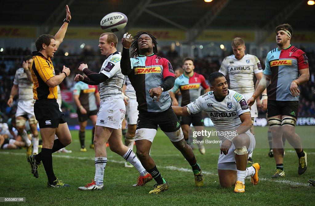 Marland Yarde of Harlequins celebrates after scoring his team's third try during the European Rugby Challenge Cup pool three match between Harlequins...