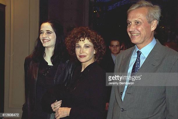 Marlen Jobert with her daughter Eva and her husband Walter Green