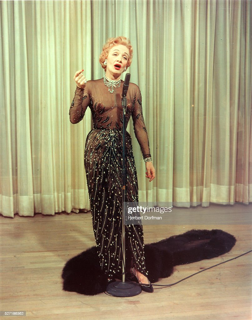 <a gi-track='captionPersonalityLinkClicked' href=/galleries/search?phrase=Marlene+Dietrich&family=editorial&specificpeople=70018 ng-click='$event.stopPropagation()'>Marlene Dietrich</a>