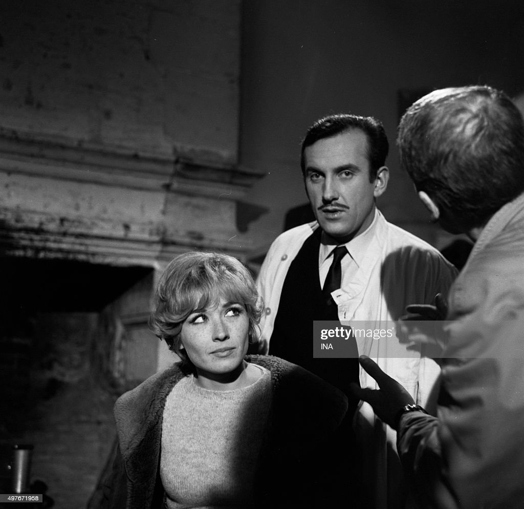 Marlène Jobert and Daniel Ceccaldi tuned to the director Jacques Pierre during the shooting of the television film 'Miss Pygmalion'