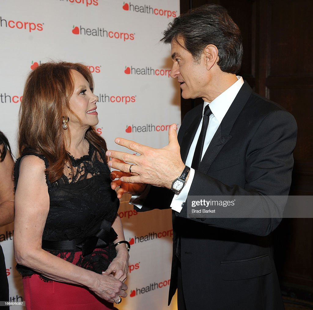 Marlo Thomas and Dr. Mehmet Oz attend the 7th Annual Heath Corps Grassroots Garden Gala at Gotham Hall on April 17, 2013 in New York City.