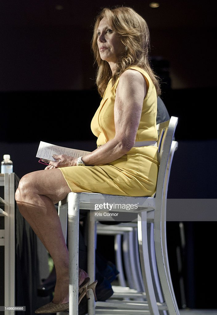 Marlo Thomas speaks during the 2012 Federal Partners Bullying Prevention summit at the Marriott Wardman Park Hotel on August 6, 2012 in Washington, DC.