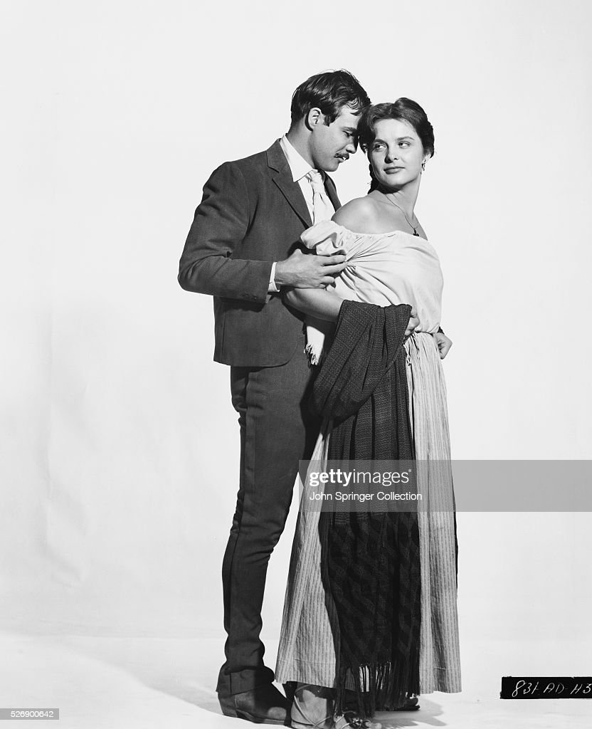 <a gi-track='captionPersonalityLinkClicked' href=/galleries/search?phrase=Marlon+Brando&family=editorial&specificpeople=85897 ng-click='$event.stopPropagation()'>Marlon Brando</a> plays <a gi-track='captionPersonalityLinkClicked' href=/galleries/search?phrase=Emiliano+Zapata&family=editorial&specificpeople=743817 ng-click='$event.stopPropagation()'>Emiliano Zapata</a> and Jean Peters plays Josefa Zapata in the 1952 film Viva Zapata!.