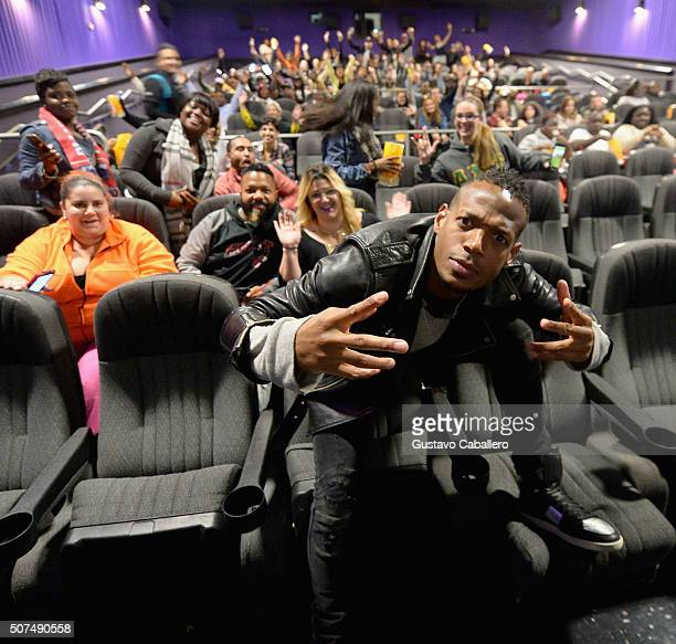 Marlon Wayans surprises fans at 'Fifty Shades of Black' screening on January 29 2016 in Hollywood Florida