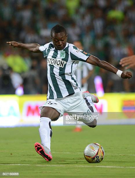 Marlos Moreno of Nacional controls the ball during a second leg final match between Atletico Nacional and Atletico Junior as part of Liga Aguila II...