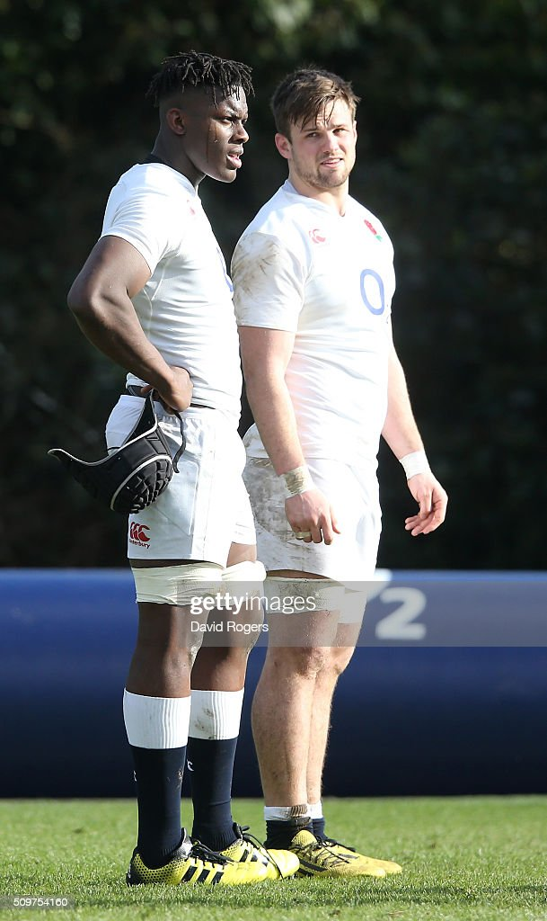 <a gi-track='captionPersonalityLinkClicked' href=/galleries/search?phrase=Maro+Itoje&family=editorial&specificpeople=5967858 ng-click='$event.stopPropagation()'>Maro Itoje</a> (L) and team mate Jack Clifford look on during the England training session held at Pennyhill Park on February 12, 2016 in Bagshot, England.