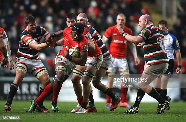 Maro Itoje of Saracens breaks with the ball during the Aviva Premiership match between Leicester Tigers and Saracens at Welford Road on January 1...