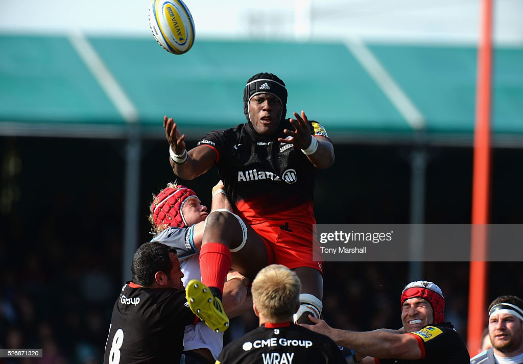 <a gi-track='captionPersonalityLinkClicked' href=/galleries/search?phrase=Maro+Itoje&family=editorial&specificpeople=5967858 ng-click='$event.stopPropagation()'>Maro Itoje</a> of Saracens is tackled by <a gi-track='captionPersonalityLinkClicked' href=/galleries/search?phrase=Mouritz+Botha&family=editorial&specificpeople=6234514 ng-click='$event.stopPropagation()'>Mouritz Botha</a> of Newcastle Falcons during the Aviva Premiership match between Saracens and Newcastle Falcons at Allianz Park on May 1, 2016 in Barnet, England.
