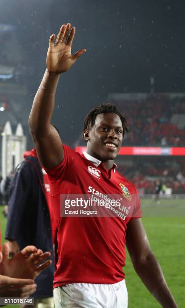 Maro Itoje of the Lions acknowledges the Lions supporters after they draw the final test 1515 and tie the series during the Test match between the...