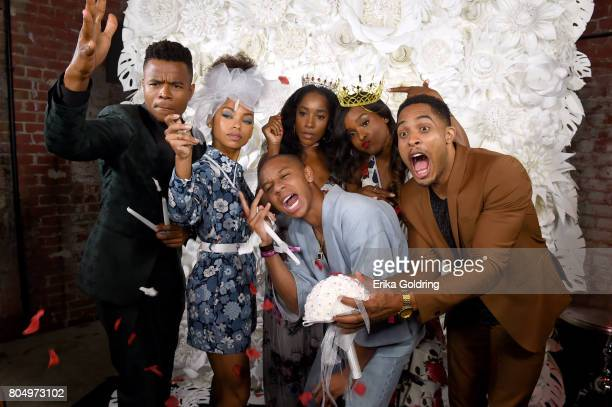 Marque Richardson Logan Browning DeRon Horton Ashley Blaine Featherson Antoinette Roberts and Brandon P Bell of Dear White People pose in the...