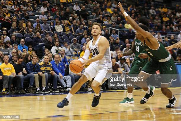 Marquette Golden Eagles guard Andrew Rowsey drives the lane during a game between the Marquette Golden Eagles and the Chicago State Cougars at the...