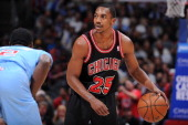 Marquis Teague of the Chicago Bulls looks to pass the ball against the Los Angeles Clippers at Staples Center on November 24 2013 in Los Angeles...