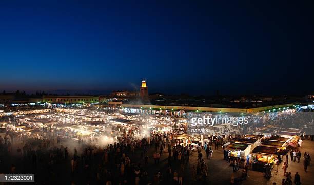 Marrakesh par nuit, célèbre Place Djemaa el-Fna