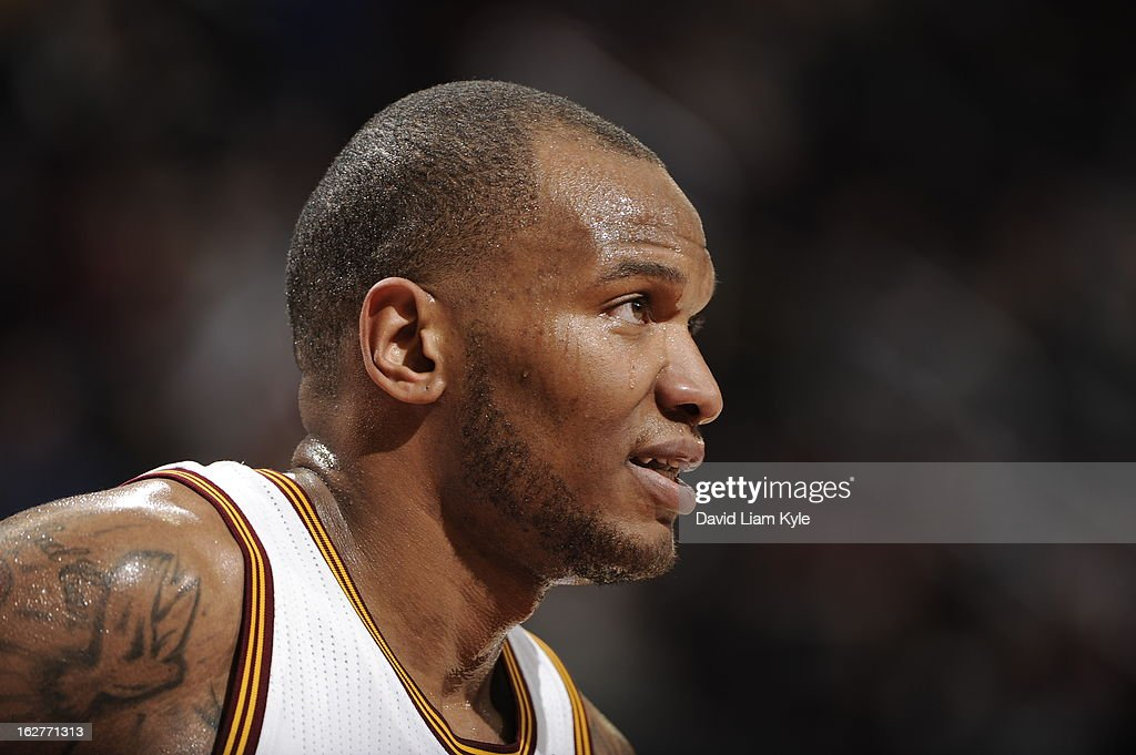 Marreese Speights #15 of the Cleveland Cavaliers awaits a rebound during the game against the Golden State Warriors at The Quicken Loans Arena on January 29, 2013 in Cleveland, Ohio.