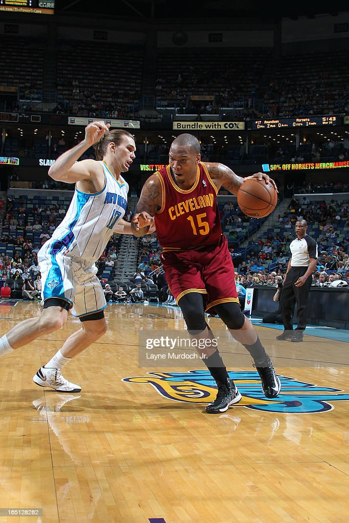 Marreese Speights #15 of the Cleveland Cavaliers drives against Lou Amundson #17 of the New Orleans Hornets on March 31, 2013 at the New Orleans Arena in New Orleans, Louisiana.