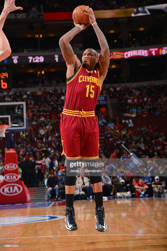Marreese Speights #15 of the Cleveland Cavaliers shoots a jumper against the Philadelphia 76ers at the Wells Fargo Center on April 14, 2013 in Philadelphia, Pennsylvania.