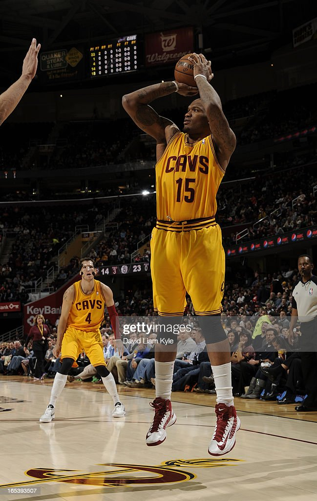 Marreese Speights #15 of the Cleveland Cavaliers shoots against the Brooklyn Nets at The Quicken Loans Arena on April 3, 2013 in Cleveland, Ohio.