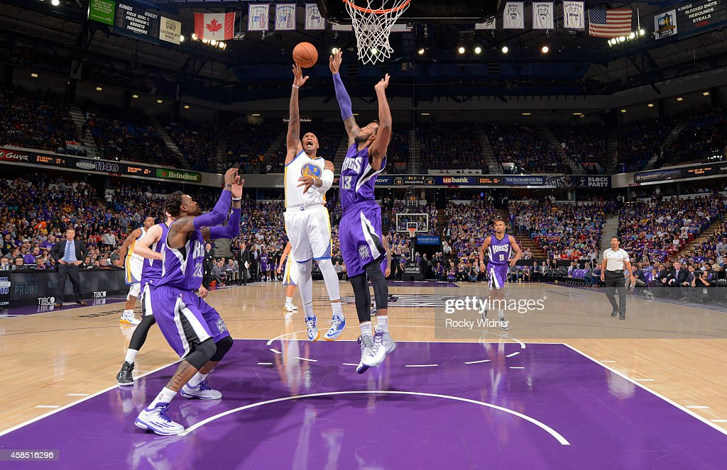 <a gi-track='captionPersonalityLinkClicked' href=/galleries/search?phrase=Marreese+Speights&family=editorial&specificpeople=4187263 ng-click='$event.stopPropagation()'>Marreese Speights</a> #5 of the Golden State Warriors shoots against Derrick Williams #13 of the Sacramento Kings on October 29, 2014 at Sleep Train Arena in Sacramento, California.