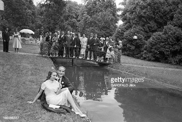Marriage Of Francoise Arnoult And Georges Cravenne France en aout 1956 Françoise ARNOUL actrice et Georges CRAVENNE publicitaire et producteur de...
