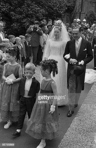 Marriage of the princess Diane of France Altshausen in July 22 1960 The count of Paris and his daughter Diane LIP3445635