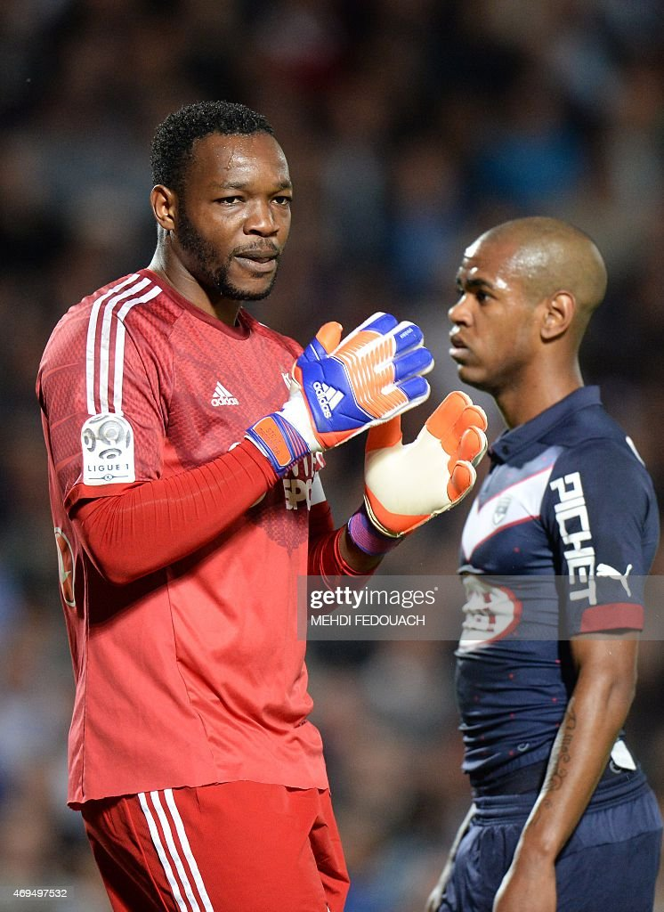 Marseille' s Steve Mandanda reacts during the French L1 football match between Girondins de Bordeaux and Marseille on April 12 2015 at the...